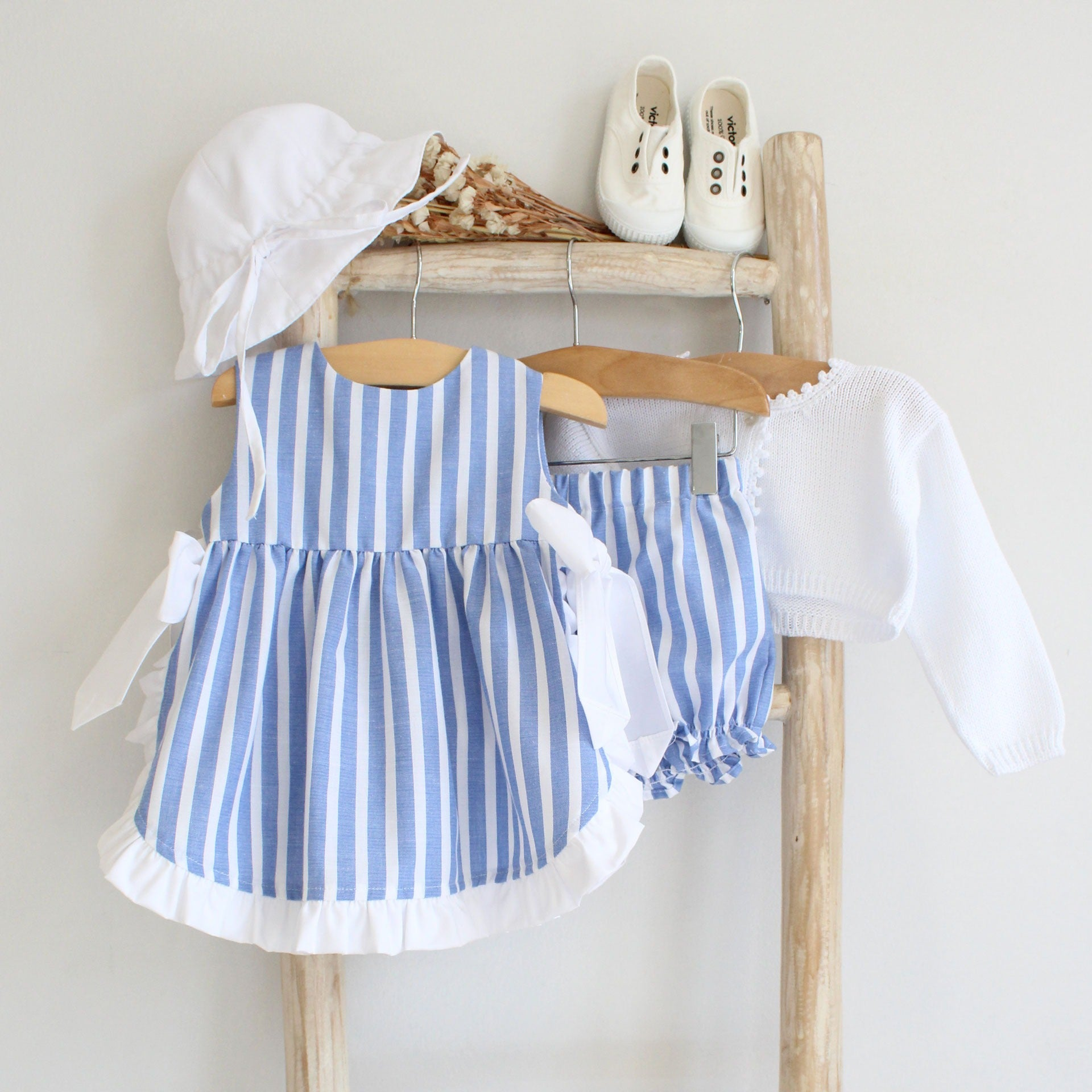 Pukatuka Blue Stripes Bow Bloomer Set