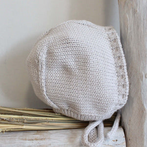 Pukatuka Gray Knit Bonnet