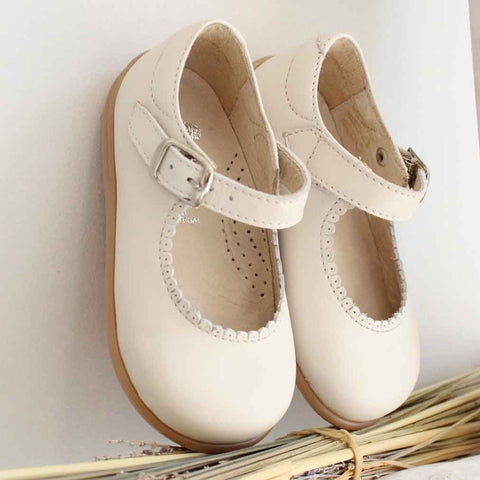 Pukatuka Leather Mary Janes