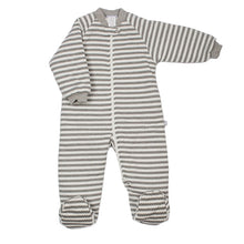 Load image into Gallery viewer, Baby Sleeping Buggy Bag 3.0 tog Grey Stripe