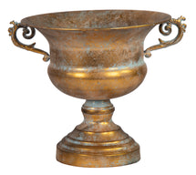 Roman Cup 2 Ears Old Gold D29H26