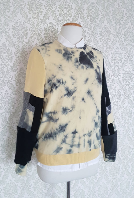 Black Butter Tie Dye Pullover - MEDIUM