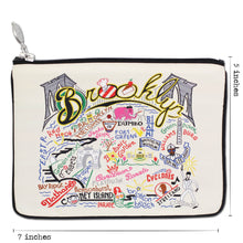 Load image into Gallery viewer, Brooklyn Zip Pouch - Natural - catstudio