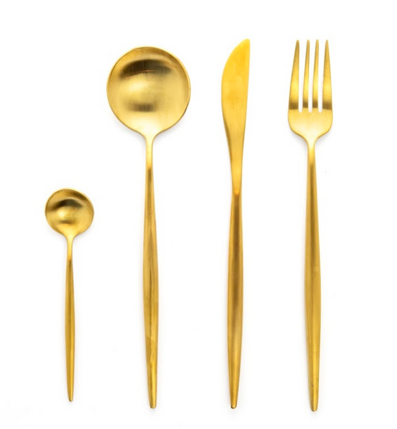 Long Gold Matte Cuterly Set