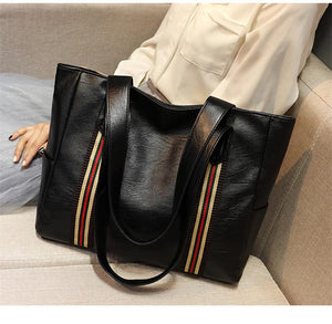 2020 New Large Capacity Women's Leather Shoulder Bag