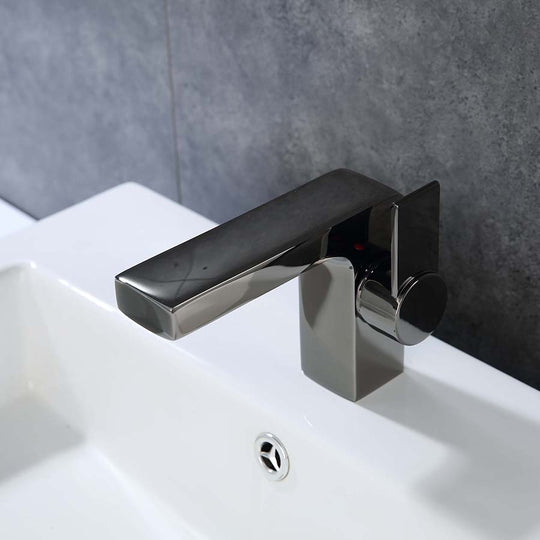 Single Handle Bathroom Faucet W/ Drain Assembly | Legion Furniture