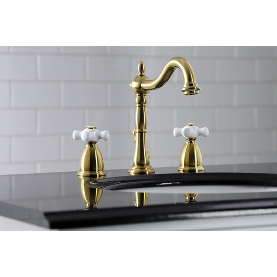 "8 "" Widespread Bathroom Faucet With Dual Cross Handles For Easy Rotation"