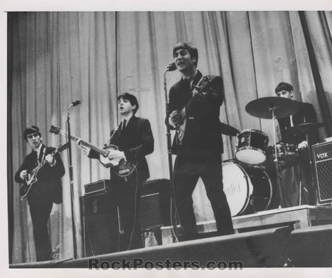 The Beatles - Live Performance 1963 Photo - Wide World -  Excellent