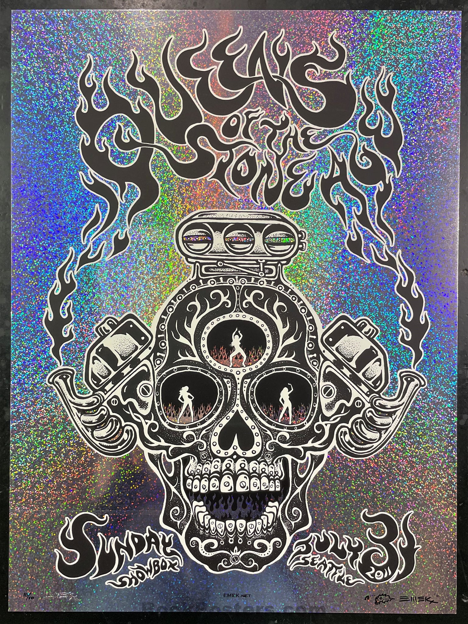 AUCTION - Emek - Queens of the Stone Age Seattle '11 - Sparkle Foil Black - Edition of 10 - Mint