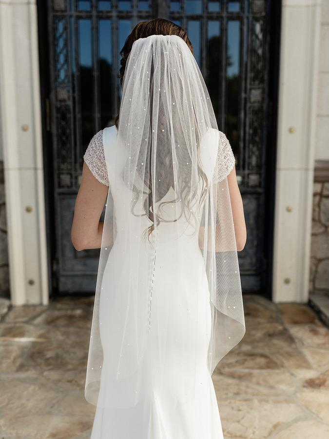 EnVogue V2087SF Ivory Veil