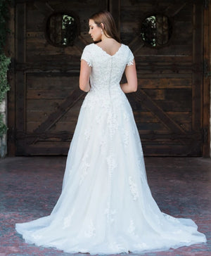T1985 modest wedding dress with sleeves lace bridal gown full skirt