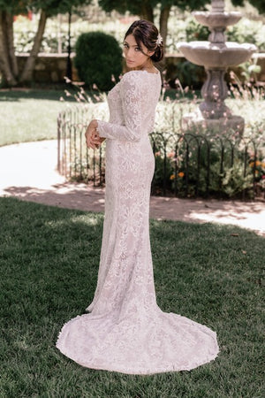 T2085Z modest wedding dress with long sleeves sweetheart neckline beaded lace LDS bridal gown for plus size side view