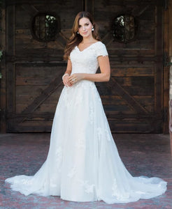 T1985 modest wedding dress with sleeves lace bridal gown