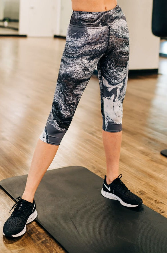 Granite Capri Leggings