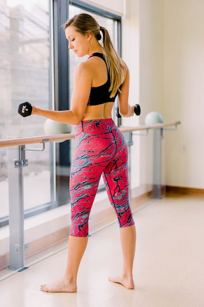 Scarlet Fever Capri Leggings