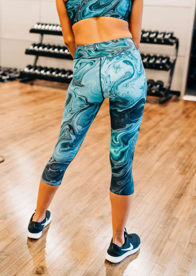 Ripple Effect Capri Leggings