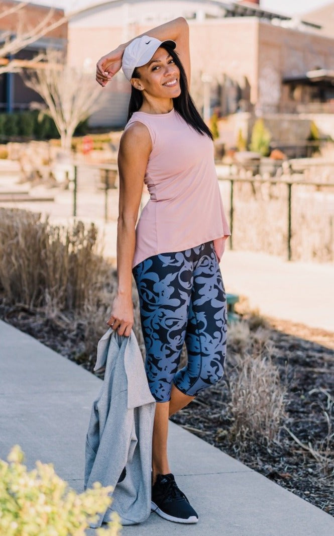 Scrolling Capri Leggings