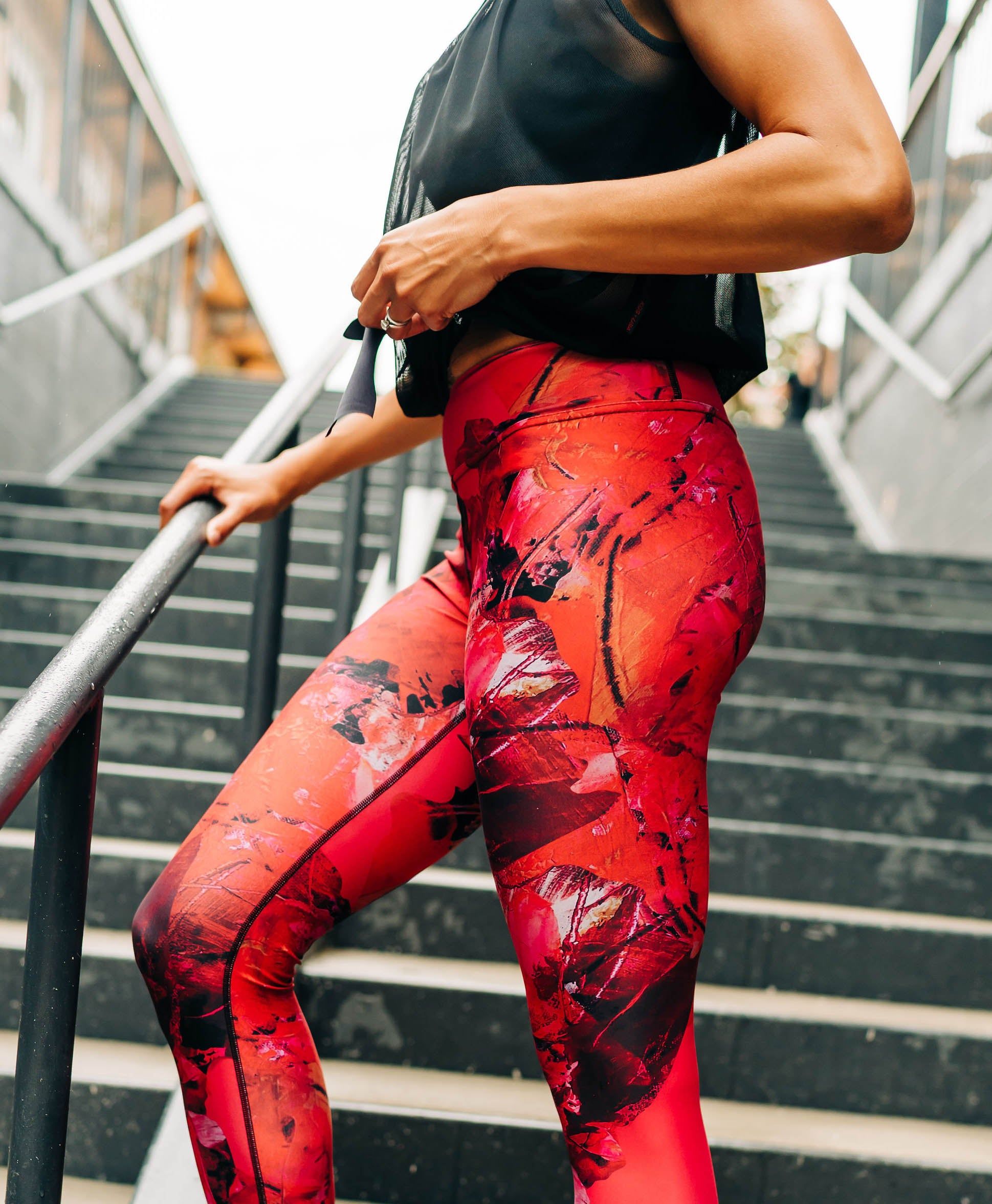 Punch Capri Leggings