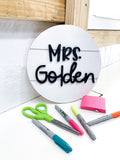 Shiplap Raised Letter Teacher Name Circle