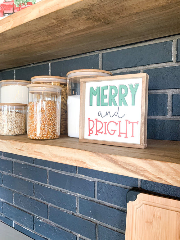 merry and bright red and green christmas mini sign