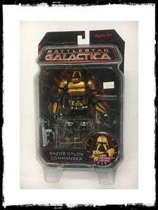 BATTLESTAR GALACTICA - EXCLUSIVE RAZOR CYLON COMMANDER FIGURE!