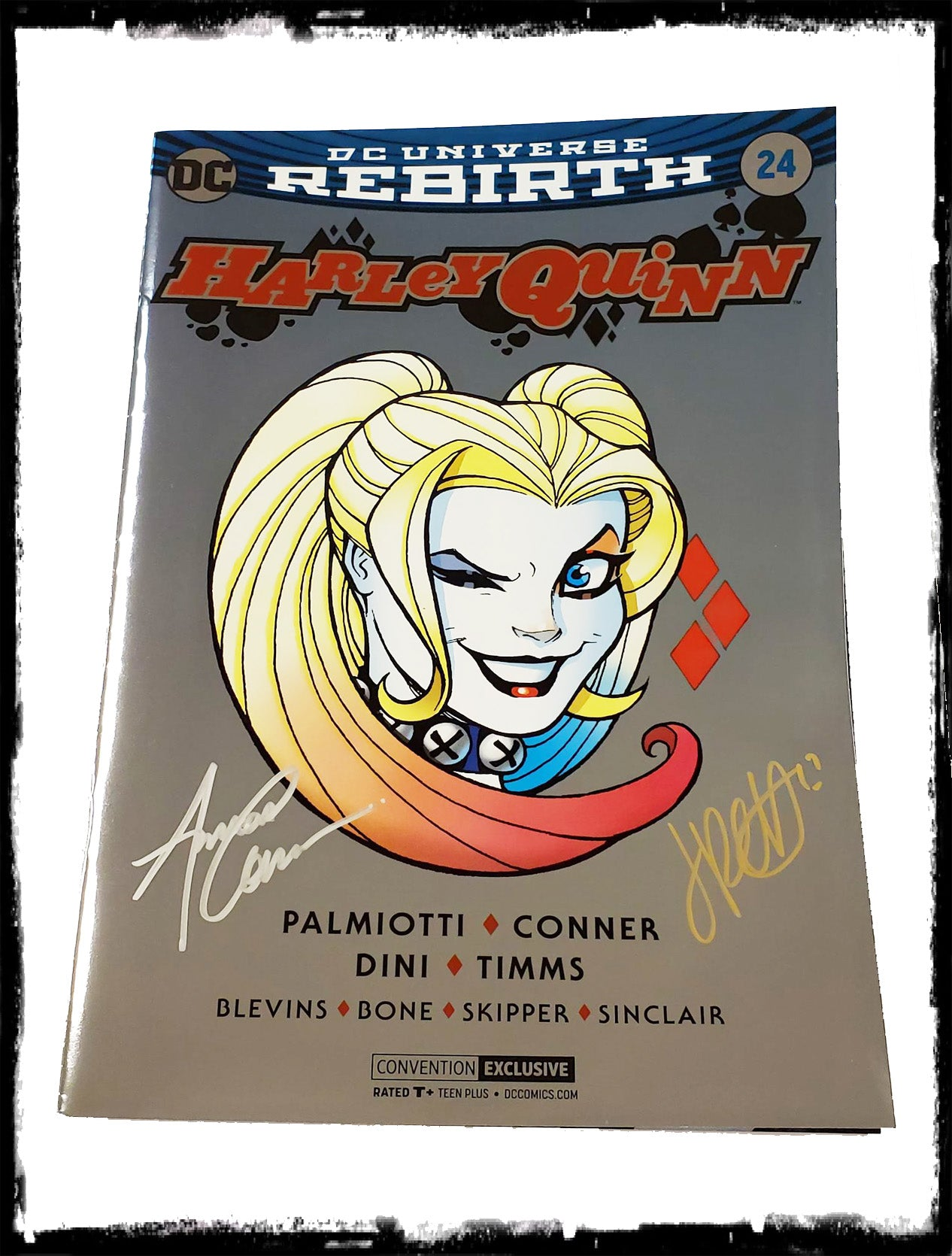 HARLEY QUINN - #24 (FOIL CON EXCLUSIVE - Signed by Amanda Conner & Jimmy Palmiotti)!