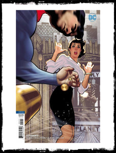 SUPERMAN - #2 - ADAM HUGHES VARIANT (2018 - NM)