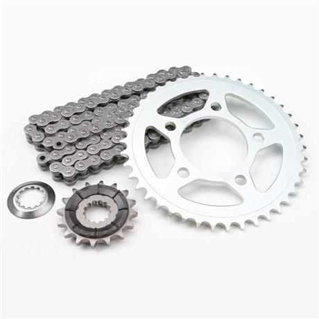 Triumph Daytona 600 up to VIN 182233 Chain and Sprocket Kit - T2017510/A9618020
