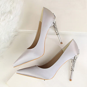 Pointed Toe Metal Carved Heels
