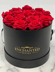 Medium Classic Black Round Box - Red Roses