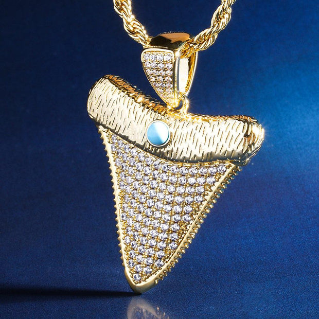 Shark Tooth Pendant in 14k Gold
