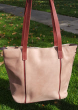 Load image into Gallery viewer, Leather Tote Bags (four color options)