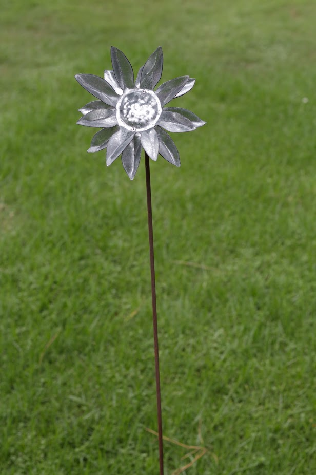 Stainless flower