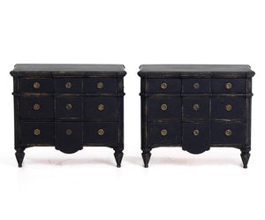 PAIR OF GUSTAVIAN COMMODES