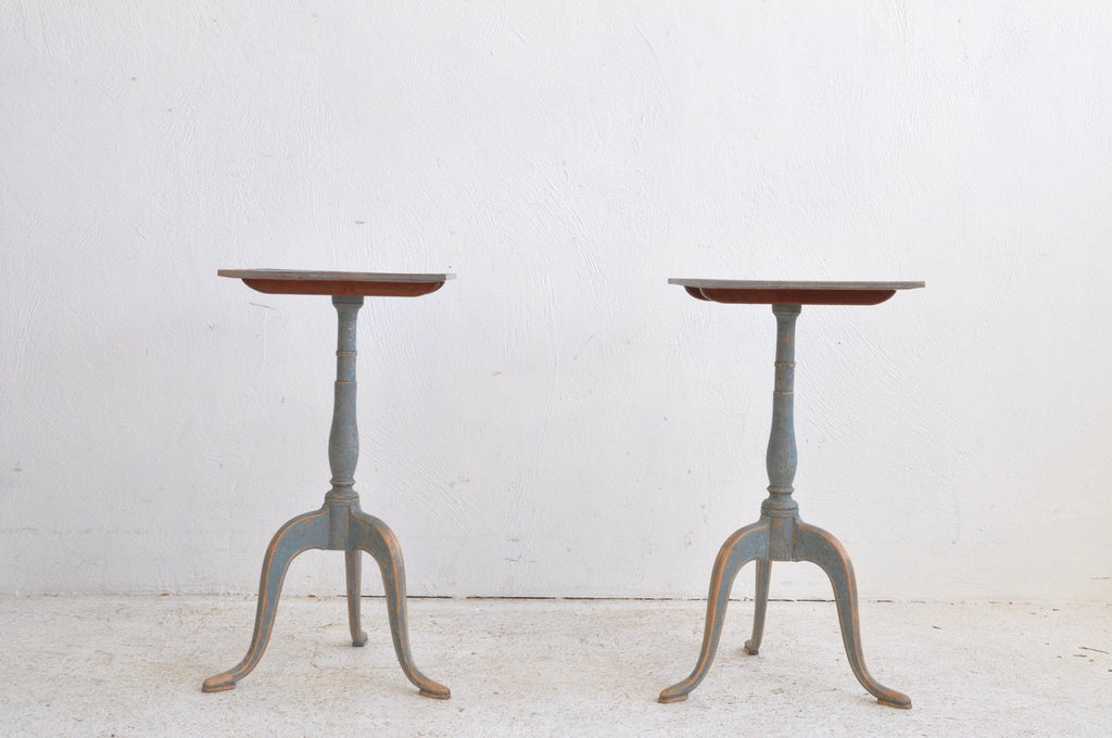 PAIR OF TILT TOP TABLES