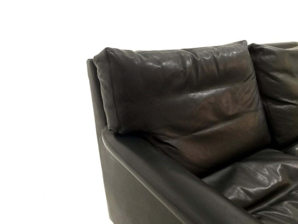 VINTAGE BLACK LEATHER SOFA