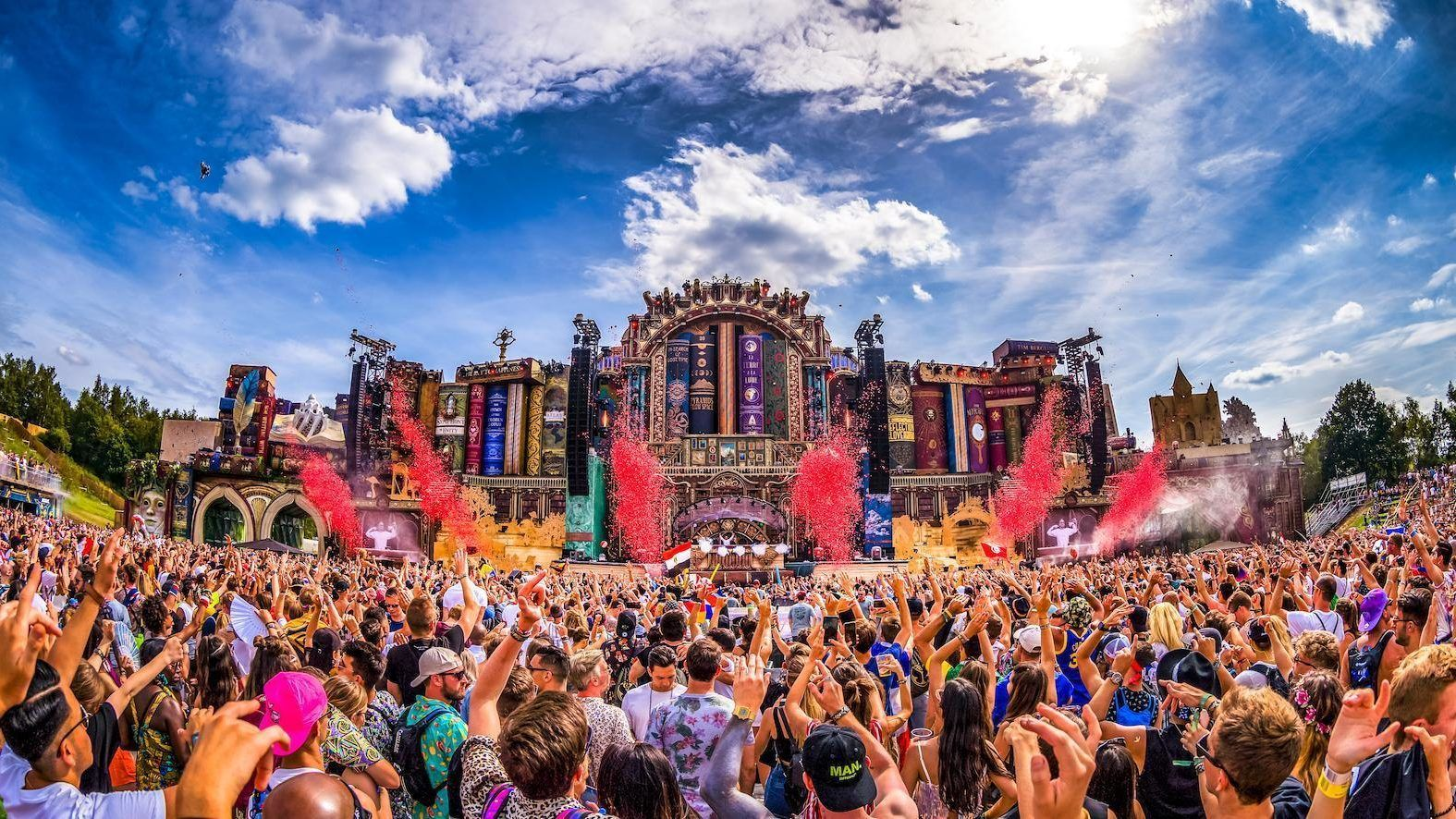 Top 9 des meilleures Mainstages du Tomorrowland