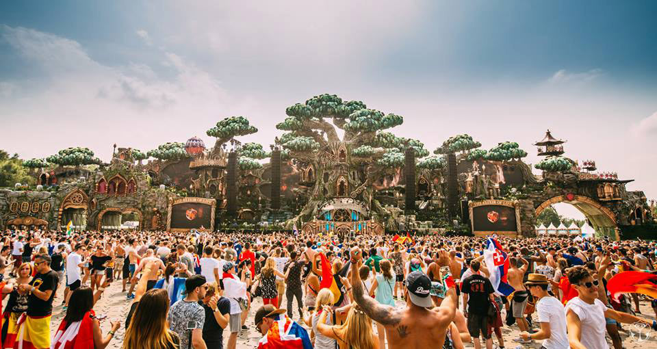 tomorrowland 2016 main stage
