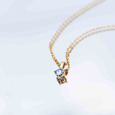 Pendant Princess Piccolo Round - 18k gold plated with blue zirconia