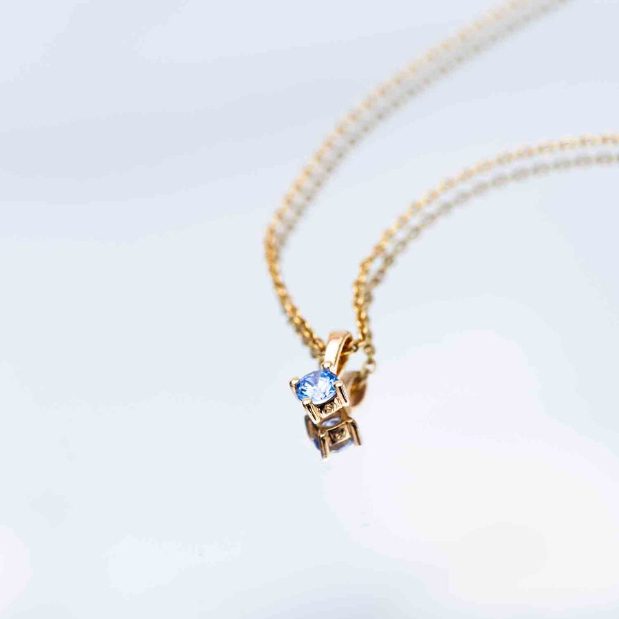 Pendant Princess Round - 18k gold plated with blue zirconia