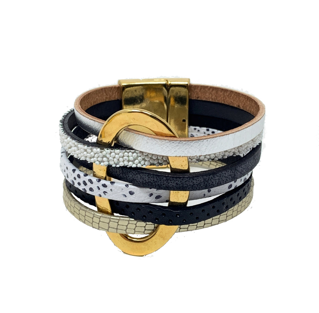 5 layers bracelet black colors and gold