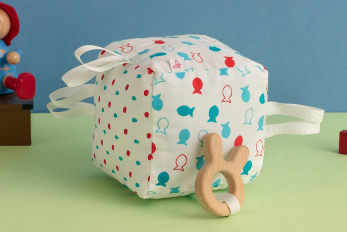 Fishy Pop - Teething Cube
