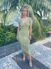 BREAKAWAY DRESS - GREEN