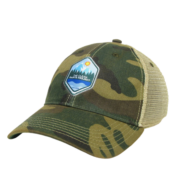 The Clean Earth Project | Vintage Trucker Hat | Camo