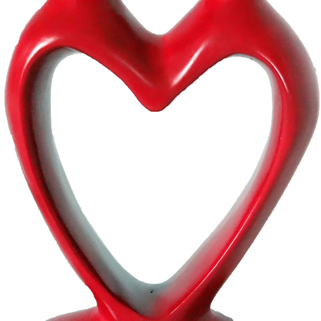 "Red 2 Lovers Statue: ""2 Hearts in One"""