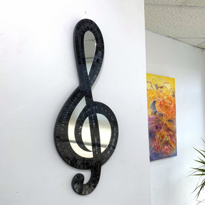 Load image into Gallery viewer, Hanging Mosaic Treble Clef