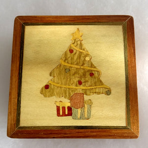 Load image into Gallery viewer, Christmas Tree Secret Box