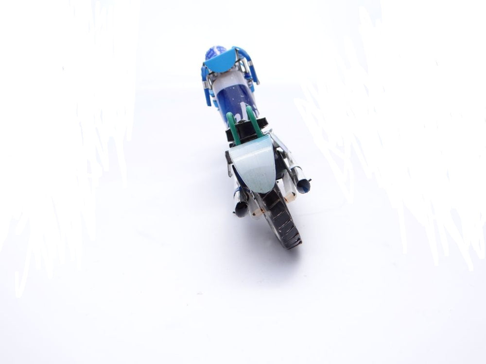 Load image into Gallery viewer, Model of motorbike handmade by Bezalila