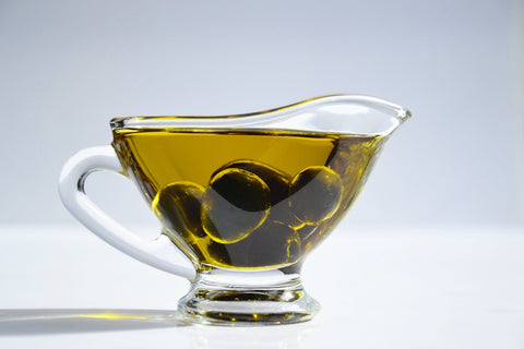 How olive oil improves hair regrowth