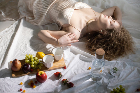 Foods and drinks to eat for an improved hair texture